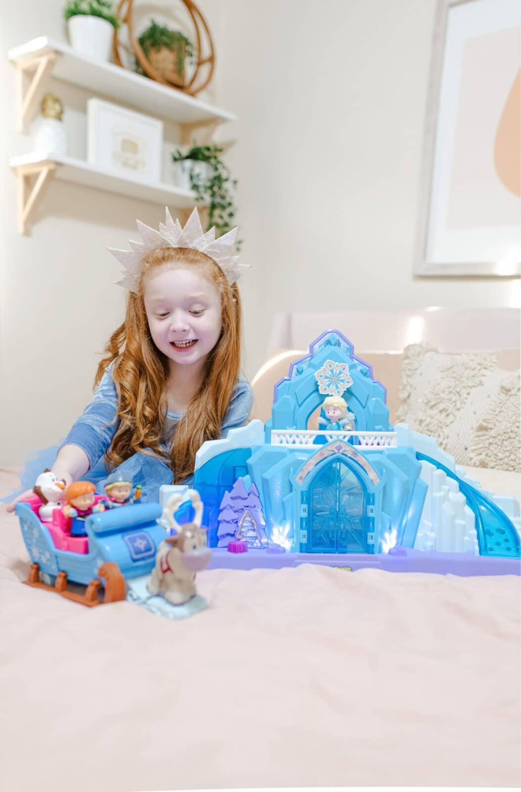 Disney Frozen Favorites: Elsa's Ice Palace And Kristoff's Sleigh