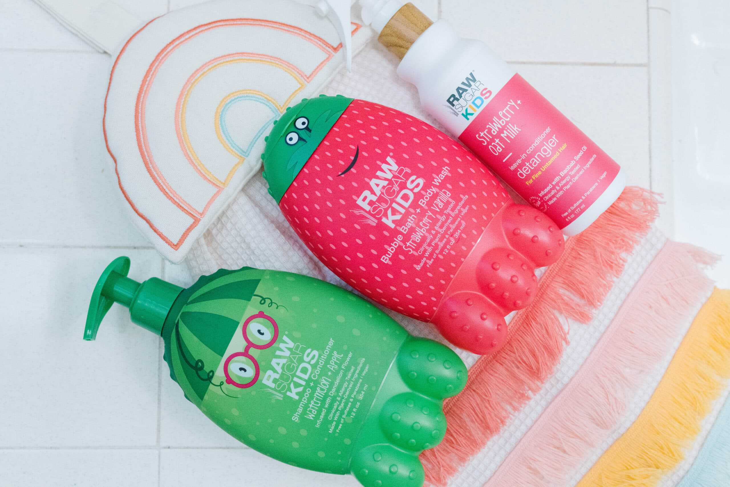 http://helloceleste.com/tips-and-tricks-to-detangle-kids-hair-quickly/